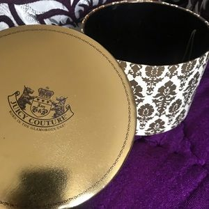 Round Juicy Couture box